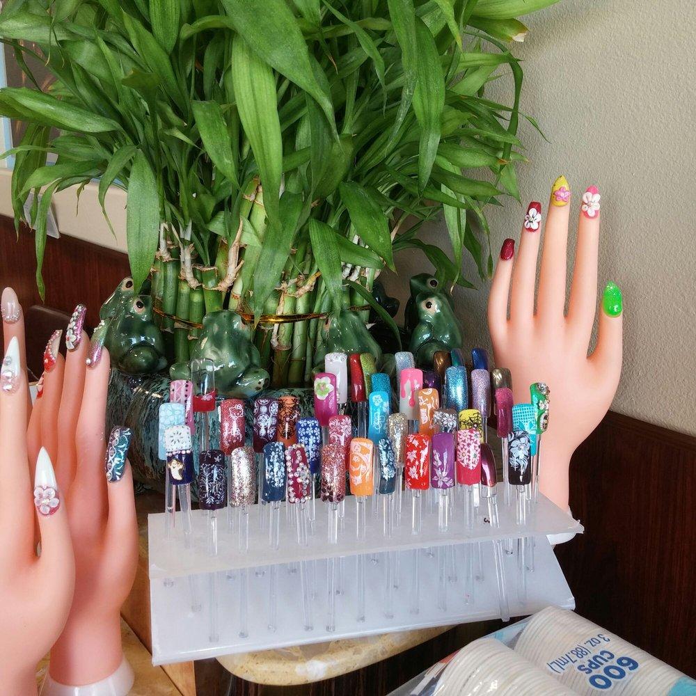 More of Vicki\'s nail art samples - Yelp