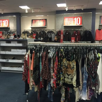 Mandee clothes store