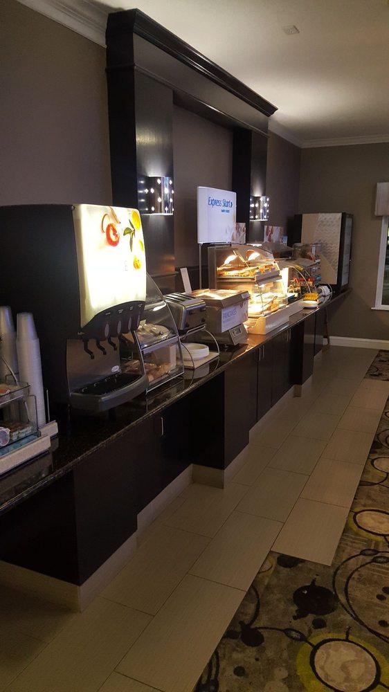 Holiday Inn Express Minden: 1332 Sibley Rd, Minden, LA