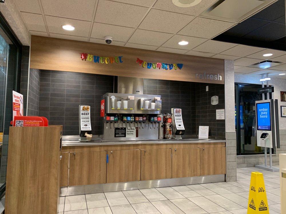 McDonald's: 3340 Bardstown Rd, Louisville, KY