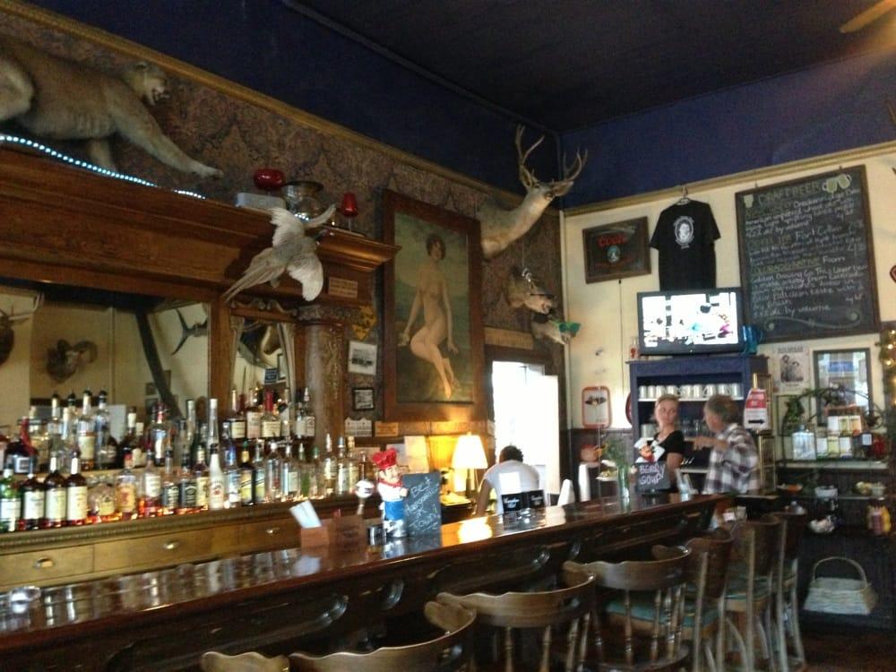 Historic Western Hotel Restaurant Amp Saloon Pizza 210