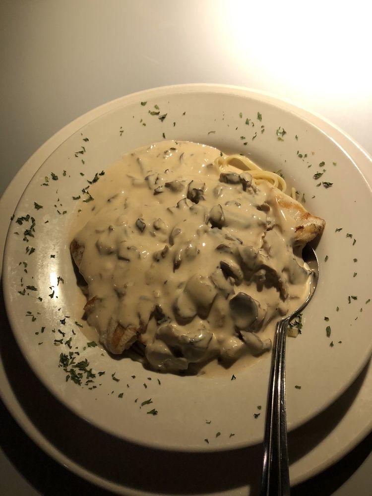 Chalet Restaurant & Bar: 348 W White Mountain Blvd, Lakeside, AZ