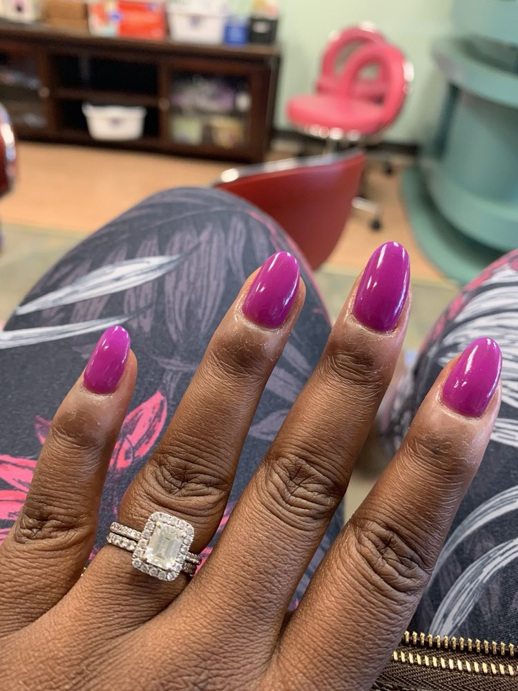 Le Belle Nails & Spa: 1201 Sunrise Hwy, Bay Shore, NY