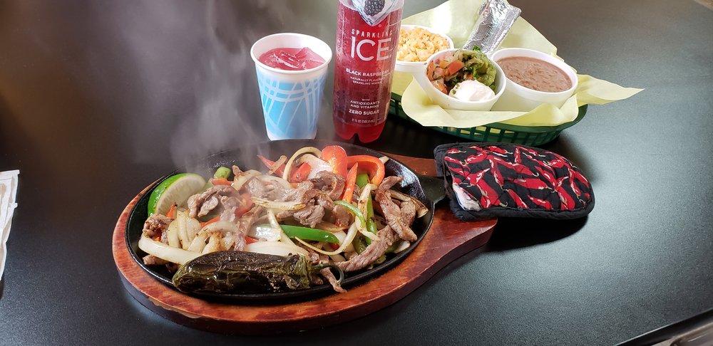 Food from El Señor Pollo