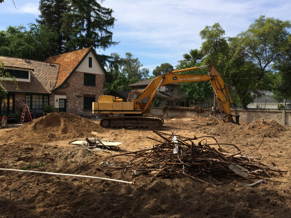 Selsor Demolition: 2796 S Railroad Ave, Fresno, CA