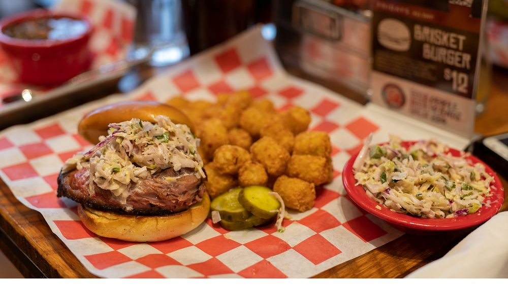 Dr. Rolf's Barbeque: 477 W Western Ave, Muskegon, MI