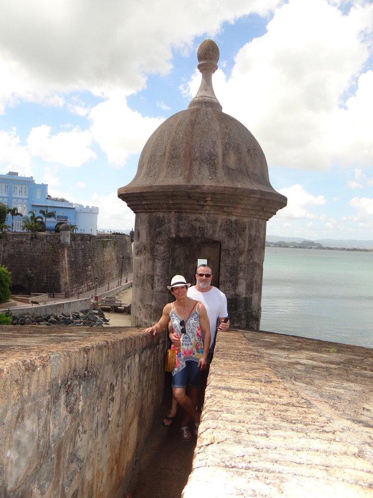 Charlie's Custom Tours Puerto Rico: Av. Roosevelt 1486, San Juan, PR