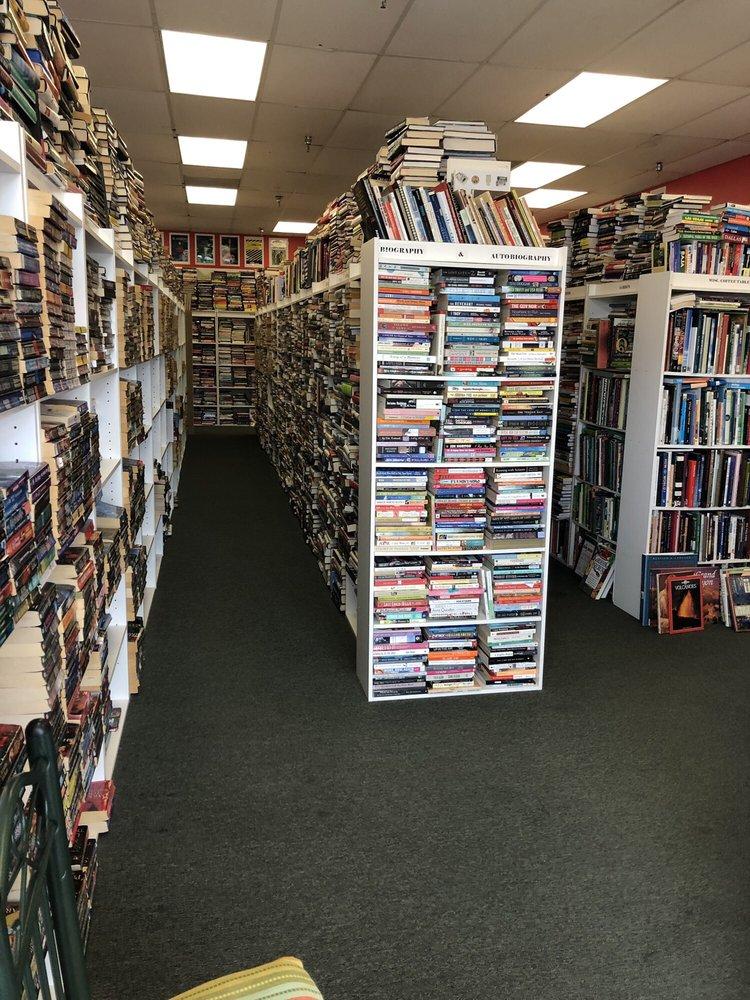Pierce's Used Book Shop: 1421 US-209, Brodheadsville, PA