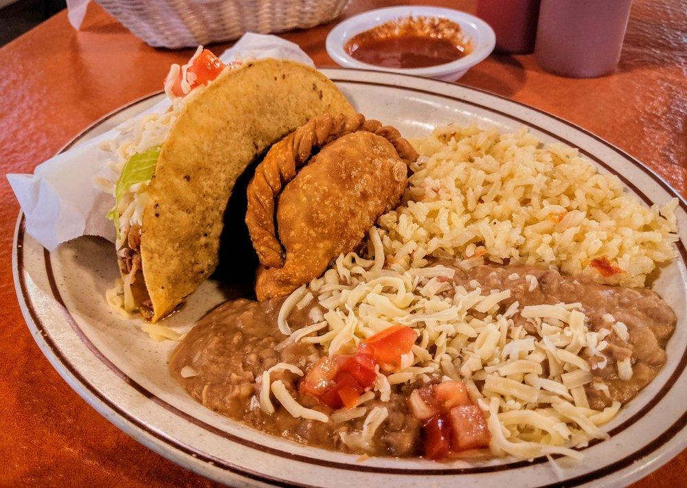 Pueblo Nuevo Mexican Restaurante & Cantina
