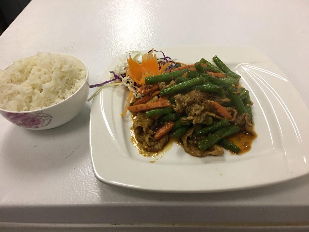 Crazy Thai Restaurant: 1801 7th Ave, Beaver Falls, PA
