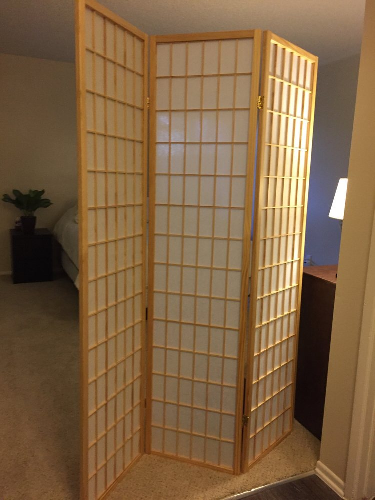 Japanese style room divider in bamboo color 6ft tall and perfect in