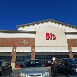 bjs wholesale club 13 photos 15 reviews wholesale stores