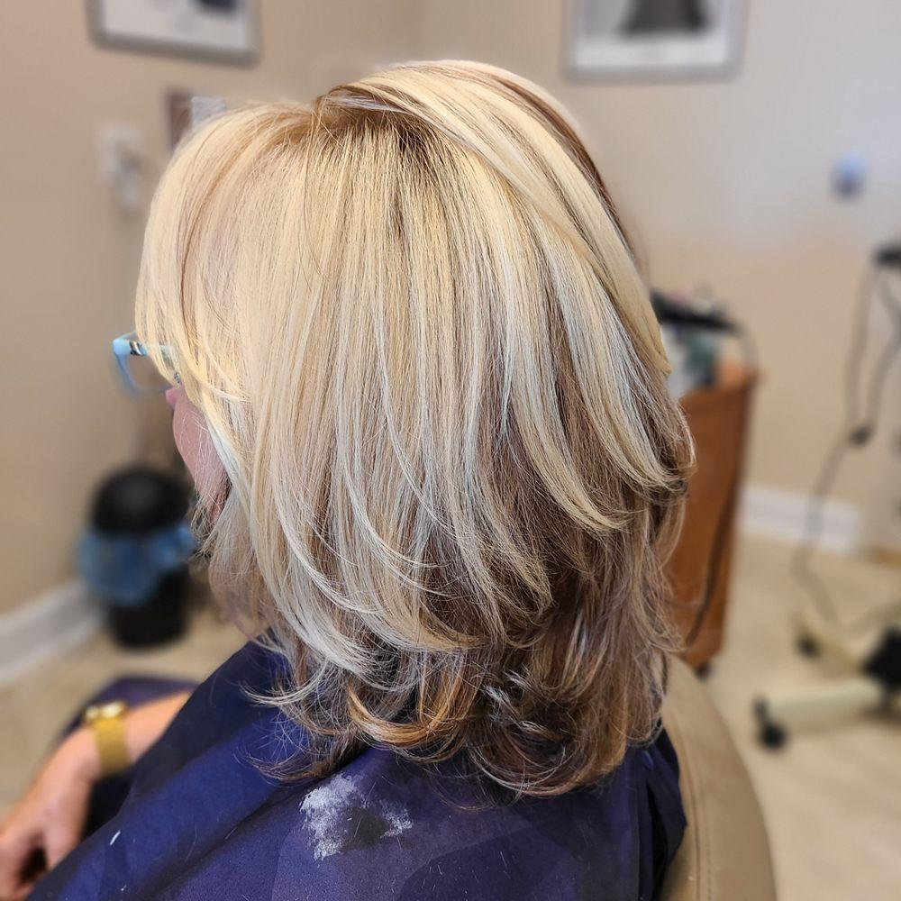 Spa Nine & Hair Design: 3214 SE Federal Hwy, Stuart, FL