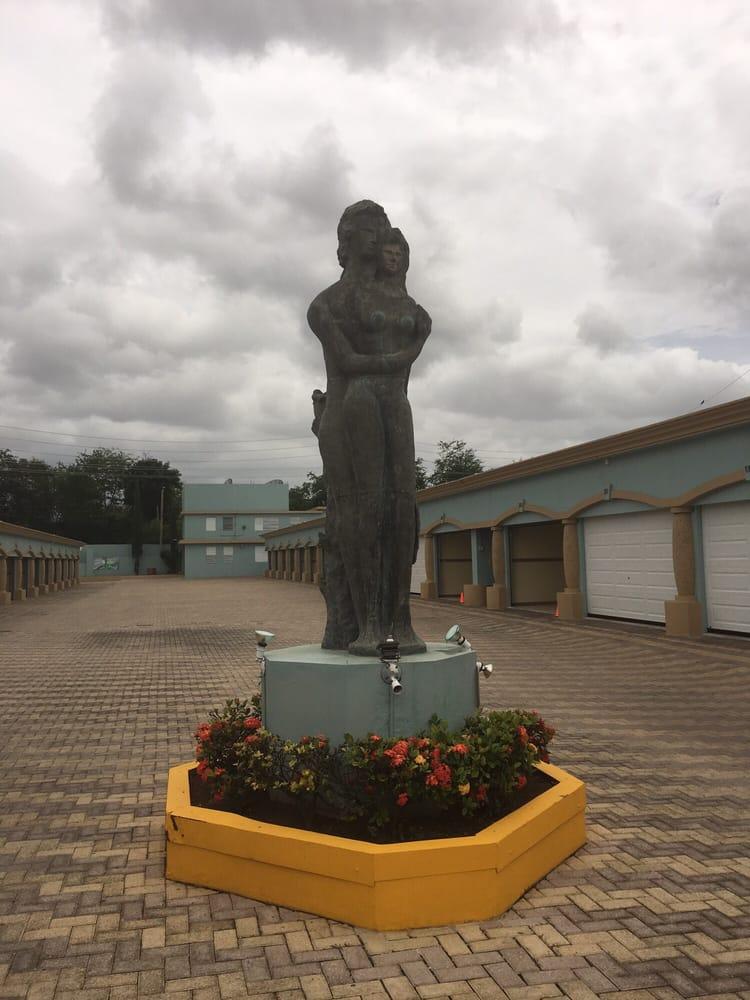 Motel El Eden: Carr 149 Km 4.6, Juana Díaz, PR