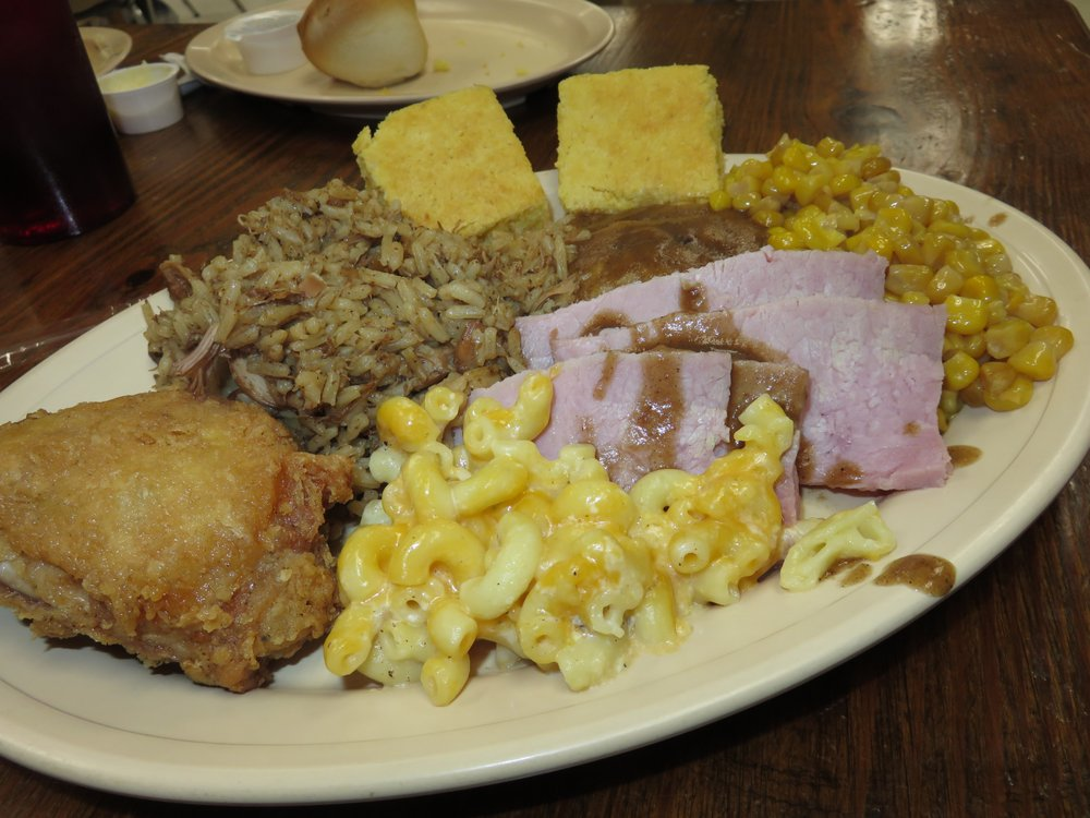 Seaboard Restaurant: 64 Seaboard Rd, Andrews, SC