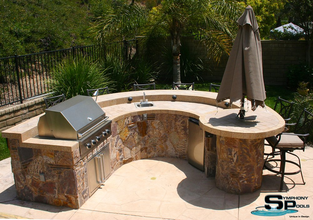 Symphony Pools: 4685 Runway St, Simi Valley, CA