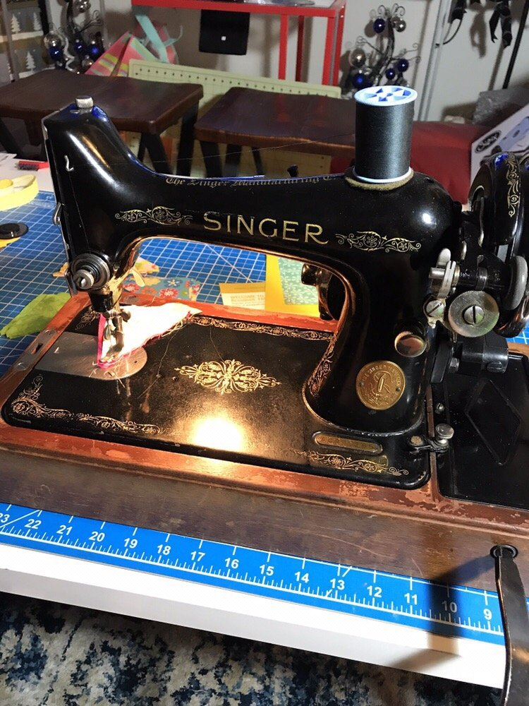 singer sewing machine company phone number