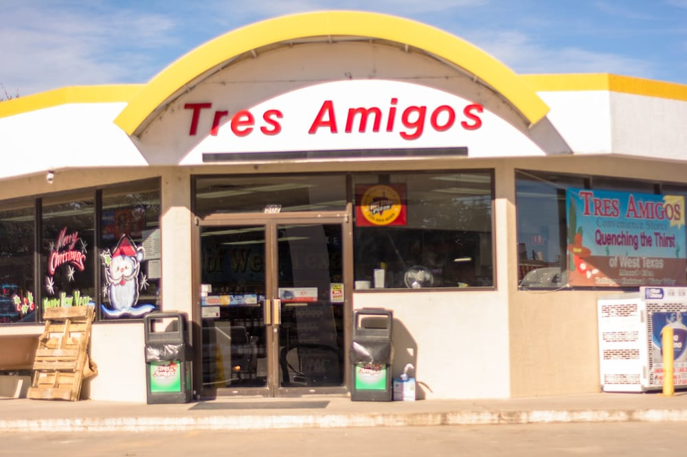 Tres Amigos Convenience Store: 502 W Broadway, Eden, TX