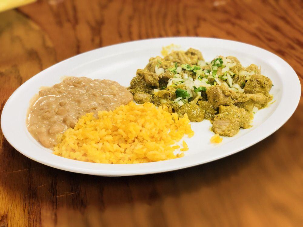 Lu & Pe Mexican Restaurant & Catering: 422 W Rancho Vista Blvd, Palmdale, CA