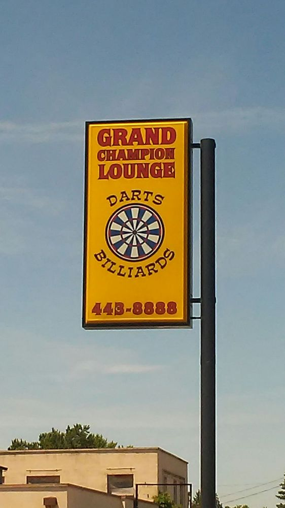 Grand Champion Lounge: 1999 S Champion Ave, Columbus, OH