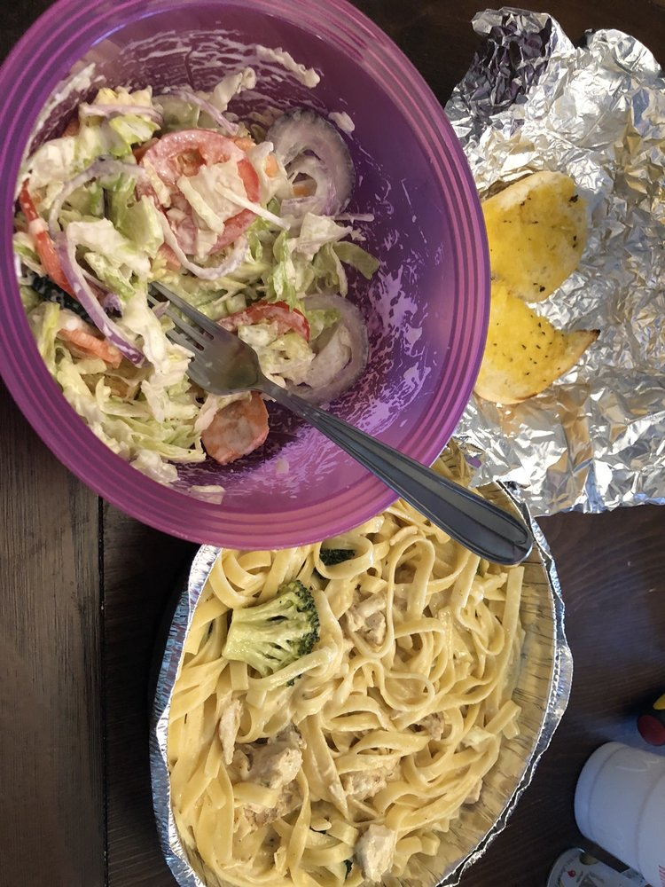 Maria's Famous Subs & Pizza: 537 S Greensboro St, Liberty, NC