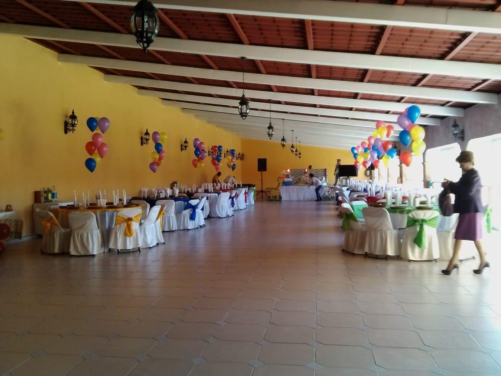Sal n y jard n la finca cocina mexicana av for Salon jardin villa charra toluca