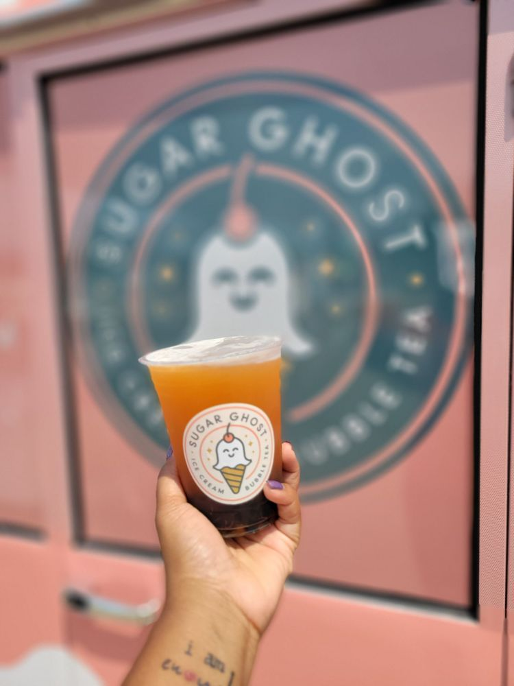 Food from Sugar Ghost Ice Cream and Bubble Tea