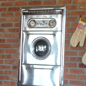My best friend\'s mom had a Porthole Oven when I was growing ...