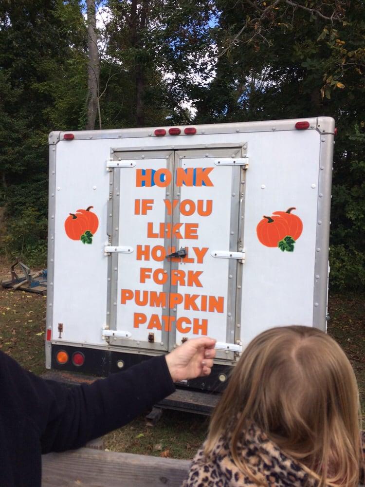 Holly Fork Farm: 4901 Holly Fork Rd, Barhamsville, VA