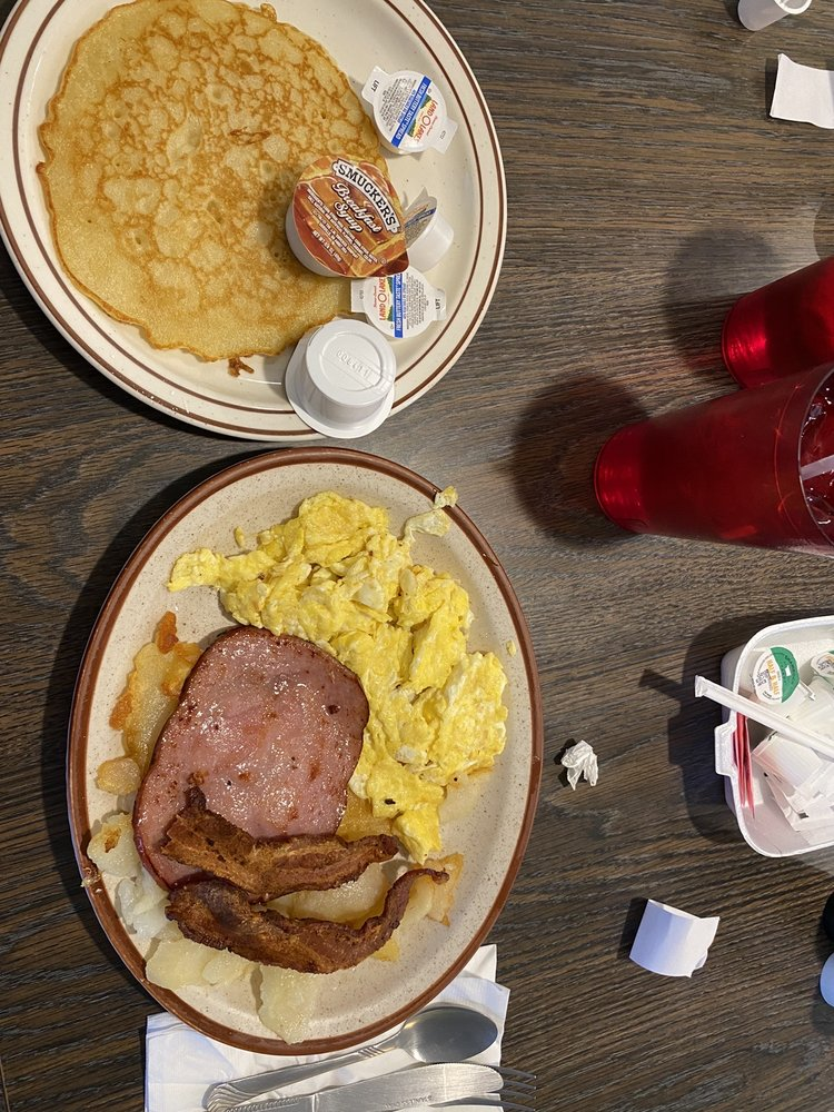 All Valley Cafe: 425 Main St, Alamosa, CO