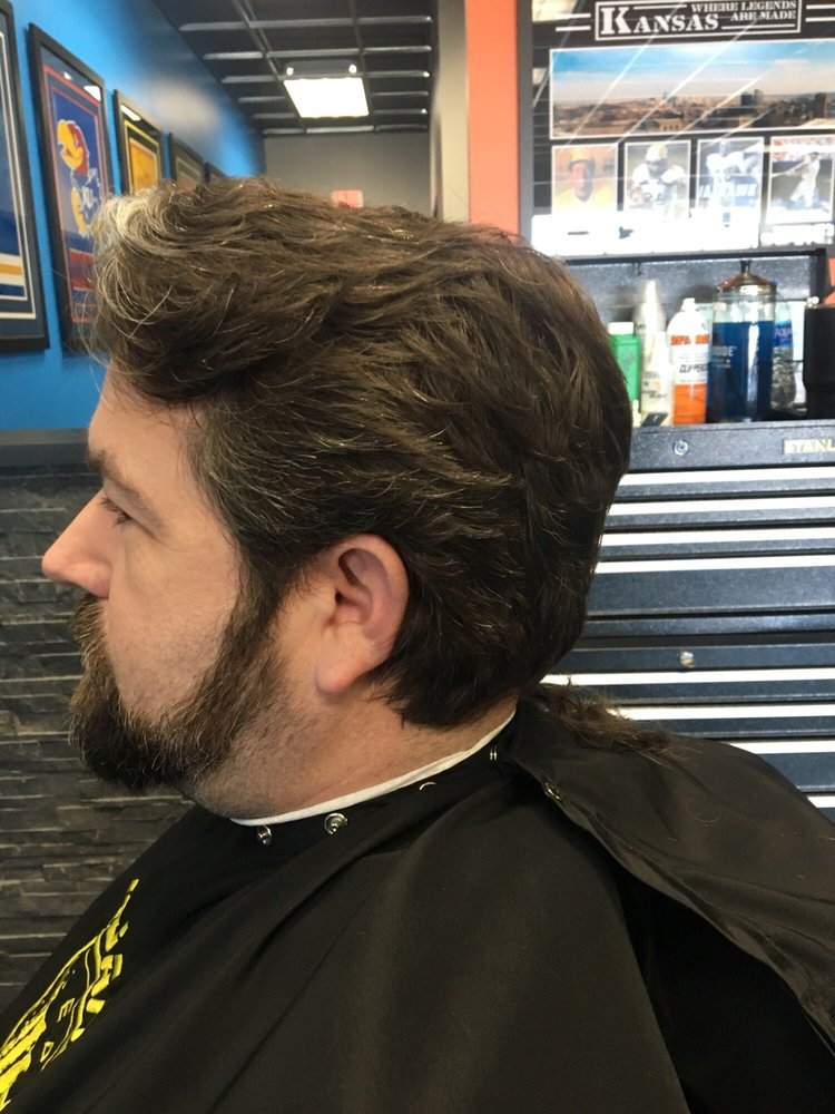 Lady Janes 32 Photos Mens Hair Salons 2413 N Greenwich Rd