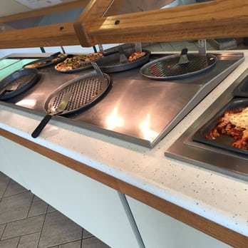 pizza hut - 14 photos - pizza - 500 sw 10th ave, topeka, ks