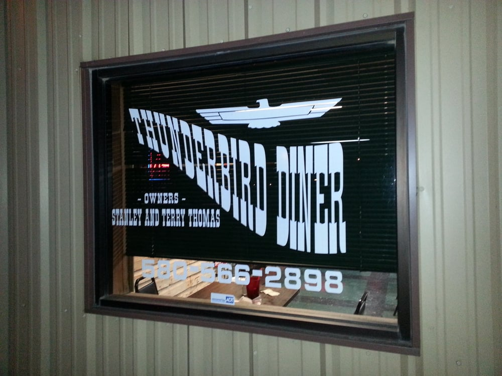 Thunderbird Diner: 510 Hunter Ave-US Hwy 70, Boswell, OK