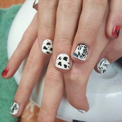 Le Nails 4856 Fairmont Pkwy Pasadena Tx Manicurists Mapquest