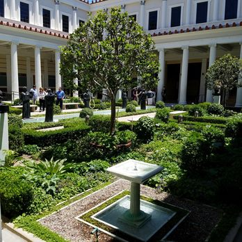 'Photo of The Getty Villa - Pacific Palisades, CA, United States' from the web at 'https://s3-media3.fl.yelpcdn.com/bphoto/HMUe4vF-cX8ByP8HIxQaVA/348s.jpg'