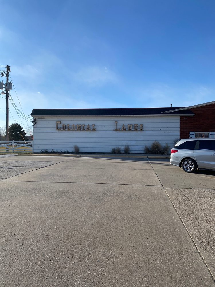 Colonial Bowling Lanes: 2253 Old Hwy 218 S, Iowa City, IA