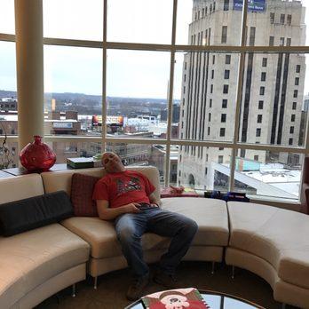 Radisson Plaza Hotel At Kalamazoo Center 43 Photos 63 Reviews Hotels 100 W Michigan Ave Mi Phone Number Yelp