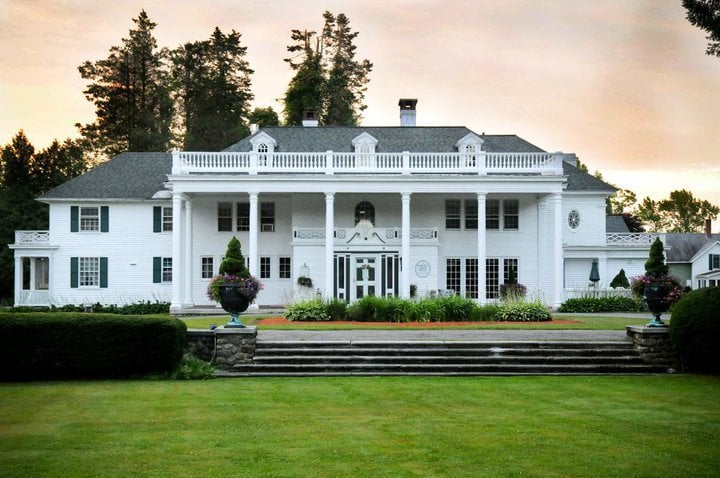 Harding Allen Estate: 59 Allen Dr, Barre, MA
