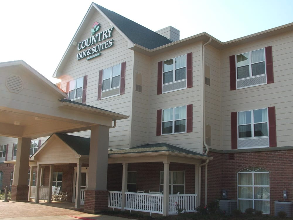Country Inn & Suites by Radisson, Pineville, LA provides rooms in Pineville. This 2-star hotel offers a hour front desk. Free WiFi is included. Guests at the hotel can enjoy a buffet breakfast. Alexandria is 5 miles from Country Inn and Suites Pineville LA/10().