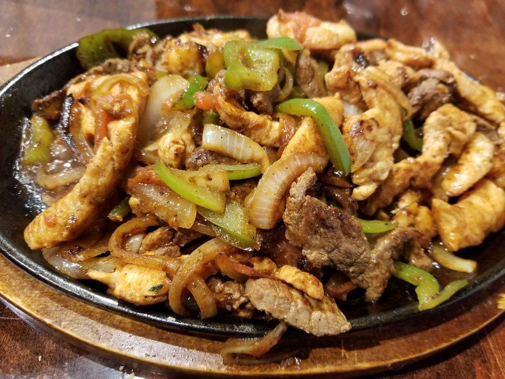 Mi Casa Mexican Restaurant: 2610 Gillionville Rd, Albany, GA