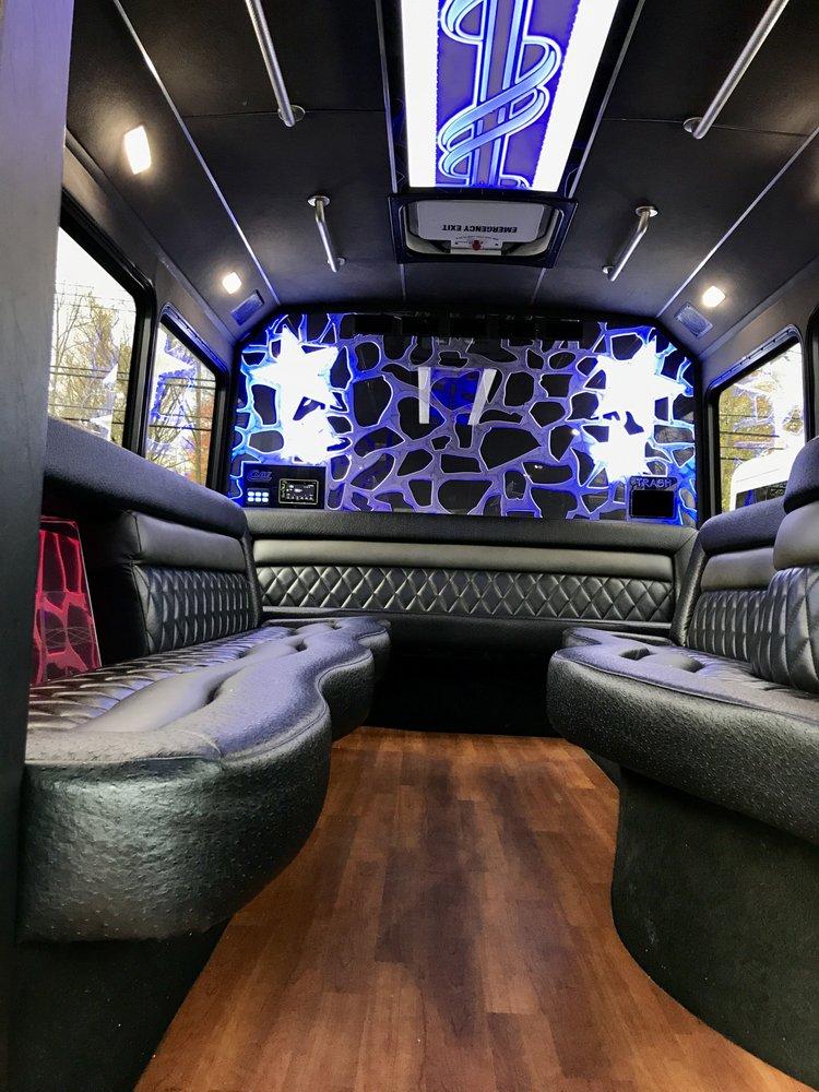 Triple Crown Limousine Service: 7651 Seneca St, East Aurora, NY