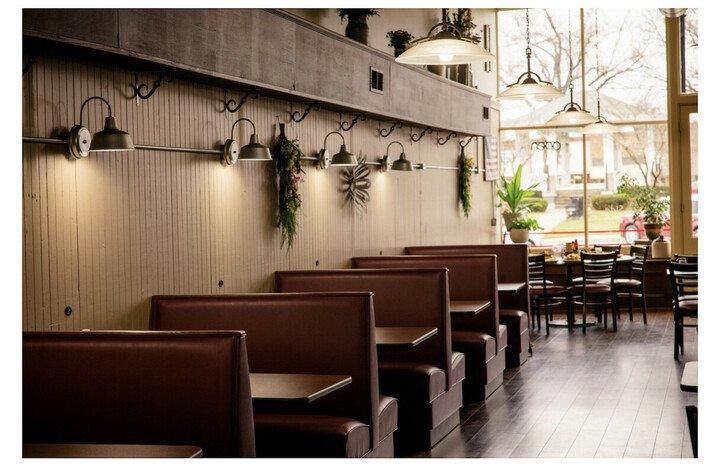 South Side Cafe: 110 W Lafayette St, Rushville, IL