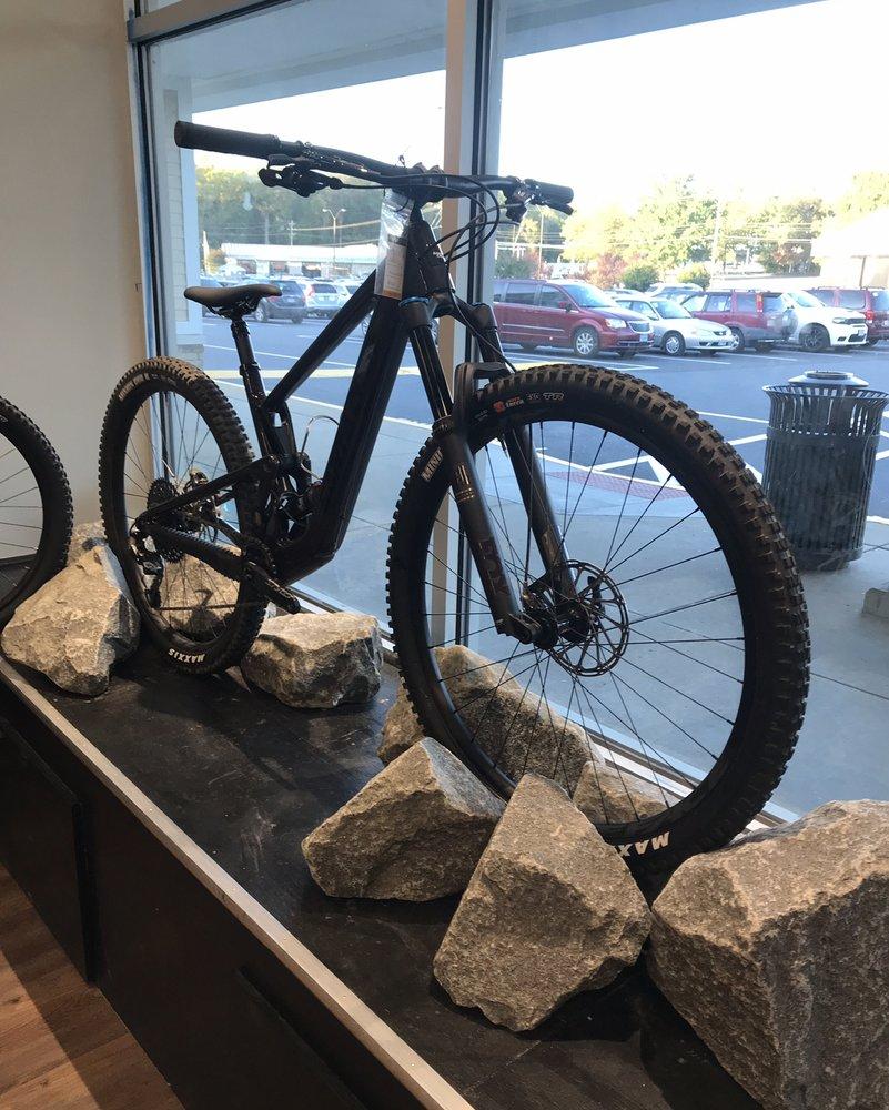 Bicycle Pro Shop: 5230 Port Royal Rd, Springfield, VA