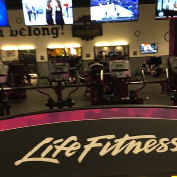 planet fitness lancaster 60 reviews trainers 44600 valley central way lancaster ca. Black Bedroom Furniture Sets. Home Design Ideas