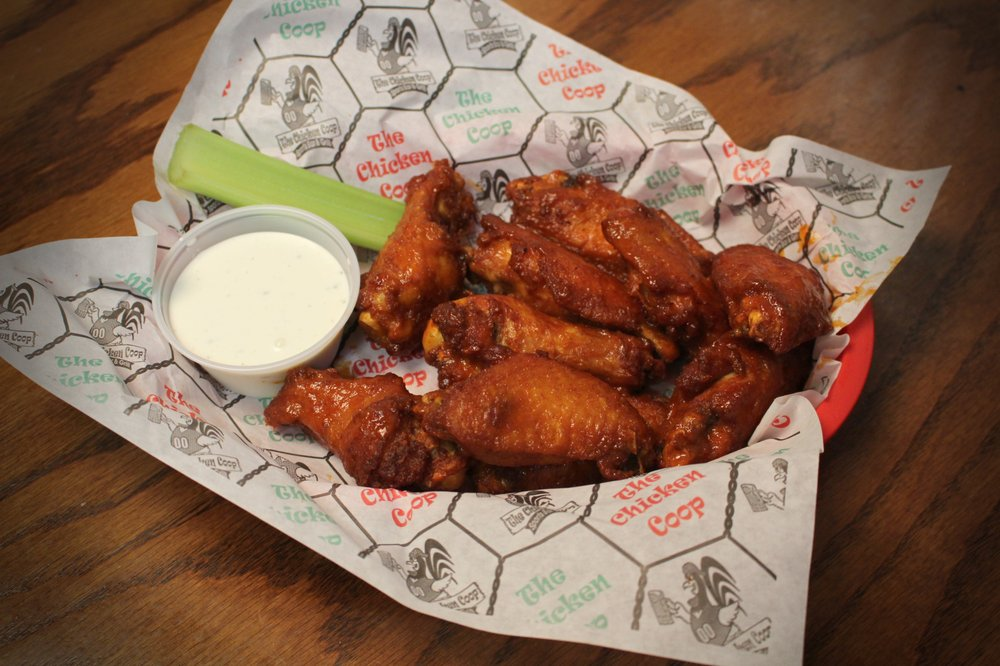 Chicken Coop Sports Bar & Grill: 2115 A Ave, Kearney, NE