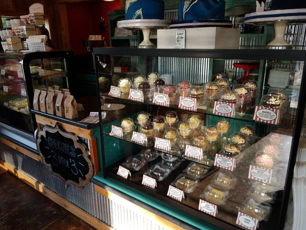 Sweets and Smiles Bakery: 14965 Business 13, Branson West, MO