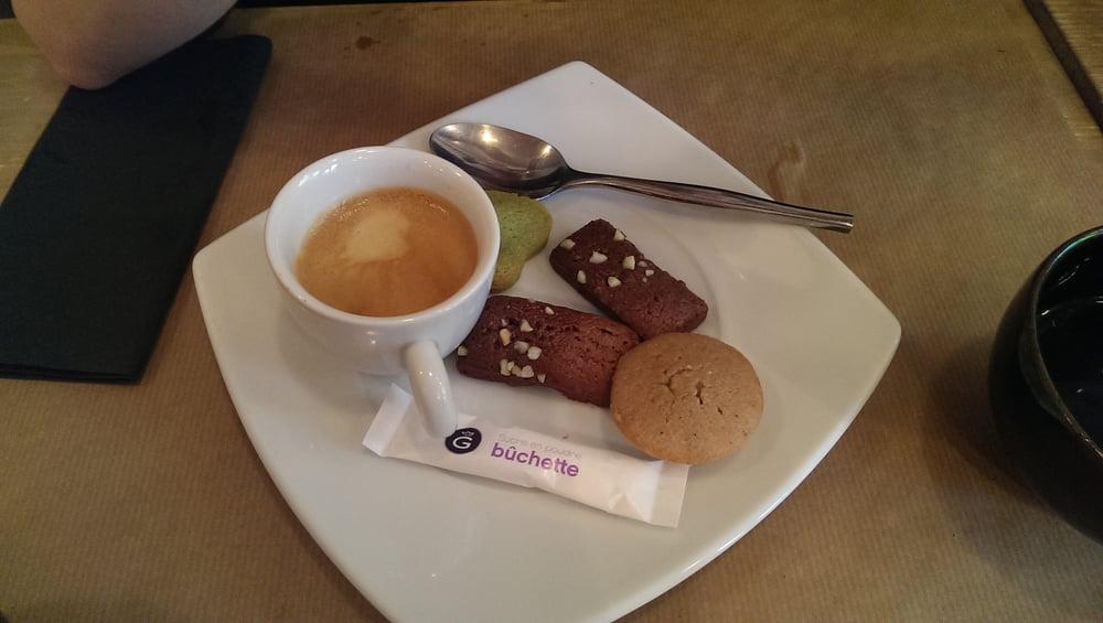 cafe gourmand mini fondant chocolat mini gateau a la. Black Bedroom Furniture Sets. Home Design Ideas