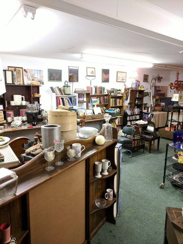 Vintage Finds - Harbor Country Mission: 12816 Red Arrow Hwy, Sawyer, MI