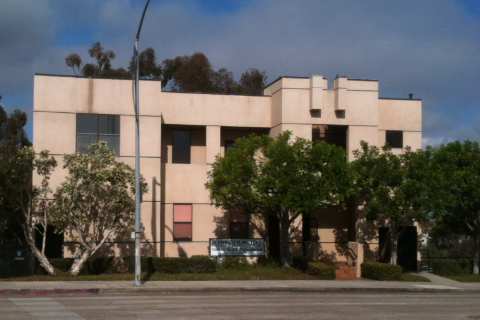 Alan B Lloyd Chiropractic Clinic: 842 Washington St, San Diego, CA