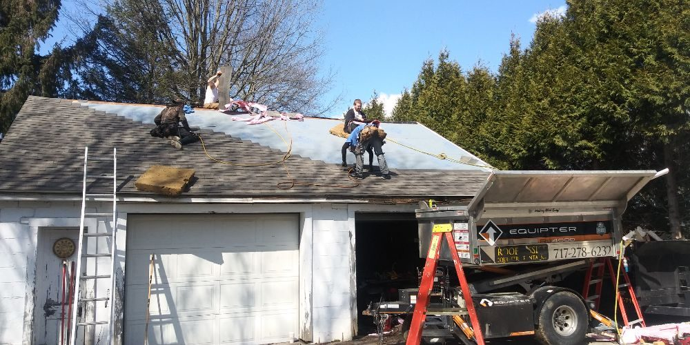 Lute Roofing: 3460 Curtis St, Mogadore, OH